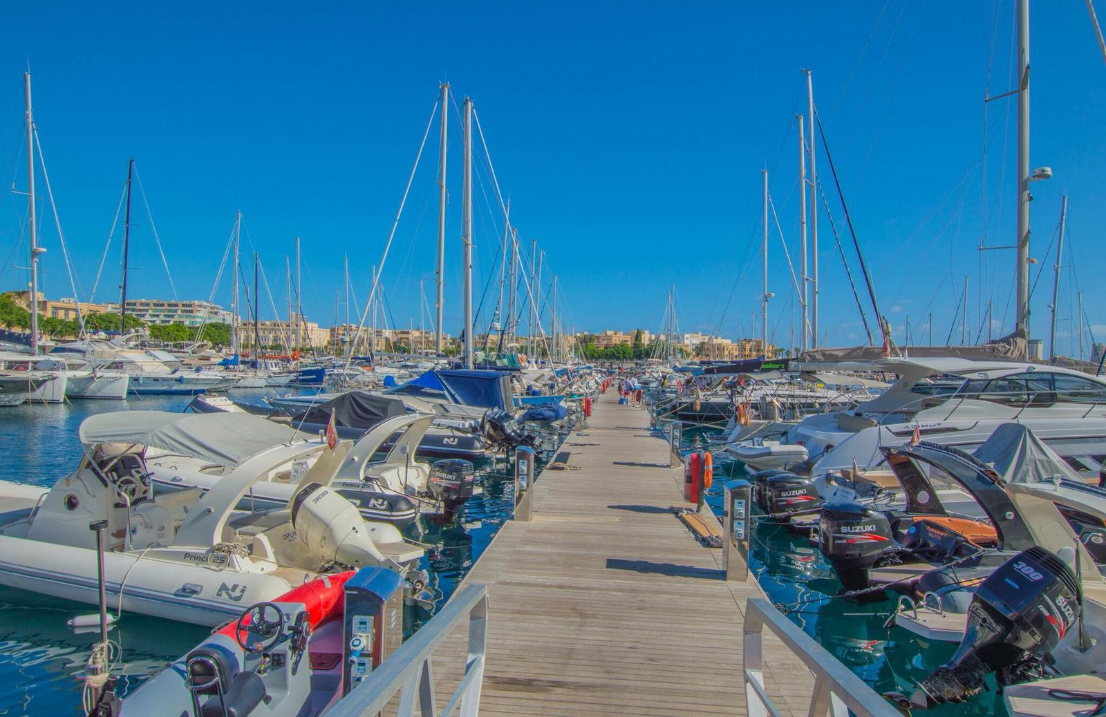 Marina di Valletta choose the right yacht charter